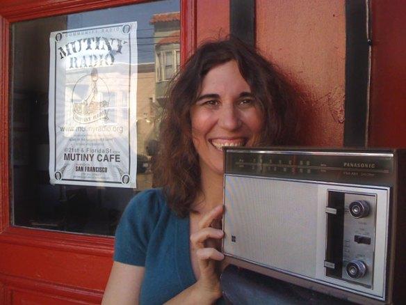mutiny radio pinball donut girl